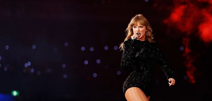 Taylor Swift accuses President Trump of being a dictator